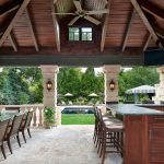 Humbolt - Outdoor Dining Area with Bar